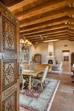 Spanish interior #Spanishstylehomes