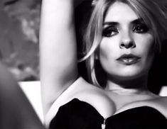 Holly Willoughby Vamps It Up! Bra Photos, Holly Marie, Thing 1, Holly Willoughby, Stockings And Suspenders, Flawless Beauty, Tv Presenters, Female Stars, Blonde Women