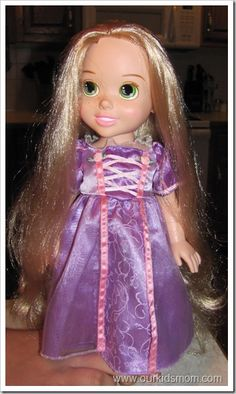 How to detangle dolls hair!  I have to try this, and soon!