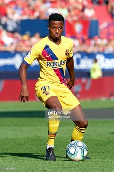 Ansu Fati of FC Barcelona with the ball during the Liga match between CA Osasuna and FC Barcelona at El Sadar on August 2019 in Pamplona, Spain. Get premium, high resolution news photos at Getty Images Cristiano Ronaldo Lionel Messi, Neymar, Soccer Cleats, Soccer Sports, Nike Soccer, Ca Osasuna, Alex Morgan Soccer, Soccer Girl Problems, Manchester United Soccer