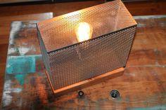 Lampe esprit SCANDINAVE support bois et abat jour par HASBEENDECO