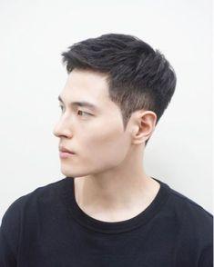 Popular Haircuts For Short Hair Men Asian Men Short Hairstyle, Asian Boy Haircuts, Asian Man Haircut, Korean Short Hair, Haircuts For Men, Short Hair Cuts, Hairstyles For Asian Men, Two Block Haircut, Hair Cute