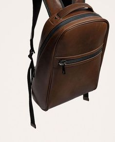 use black cloth zipper with brown bag ( combination) Leather Backpack For Men, Leather Wallet, Monkey Bag, Sacs Tote Bags, Waterproof Laptop Backpack, Leather Workshop, Leather Bags Handmade, Men's Backpack, Fashion Bags