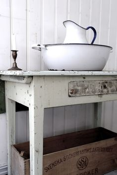 Especially love the wooden crate post from Vintage Interior Blog