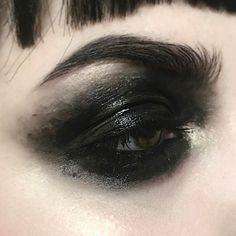 ideas for a wedding halloween makeup ideas ideas for brown eyes makeup ideas makeup ideas eye makeup ideas eye makeup ideas makeup ideas Edgy Makeup, Gothic Makeup, Dark Makeup, Makeup Inspo, Makeup Art, Makeup Ideas, Clown Makeup, Blue Makeup, Simple Makeup