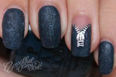 zipper foil decals on textured nails, AWESOME!