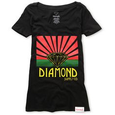 Shine bright in the Shining girls short sleeve t-shirt from Diamond Supply Co The front graphic features a play on the Arizona state flag replacing the star with the iconic Diamond logo. Printed on a black, slim girlie fit short sleeve t-shirt with a Diamond Logo, Urban Fashion Women, Diamond Supply Co, Tee Shirts, Tees, Short Girls, Short Sleeve Tee, Neck T Shirt, Arizona State