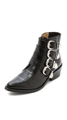Best ankle boots ever // via ShopBop Best Ankle Boots, Buckle Ankle Boots, Black Ankle Boots, Crazy Shoes, Me Too Shoes, Rocker Chic Outfit, Toga Pulla, Everyday Fashion, Leather Shoes