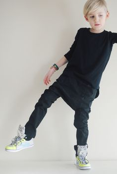 yes to plain black! and cool kicks