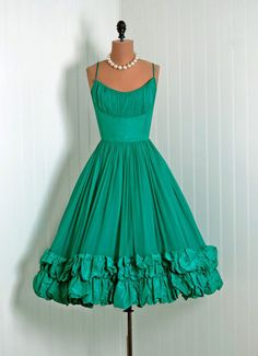 1950s dress #retro #vintage #feminine #designer #classic #fashion #dress #highendvintage
