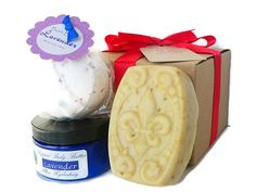 Lavender gift set  bath gift sets  handmade soap by AromaScentsLLC