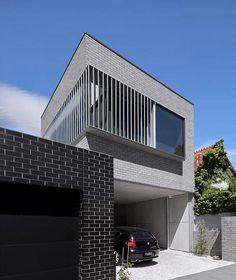 McCredie Residence by Freadman White Architect Australian Architecture, Australian Homes, Modern Architecture House, Residential Architecture, Architects Melbourne, Facade House, House Facades, Townhouse Designs, Narrow House