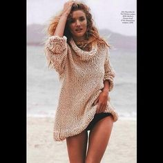 British model and actress Rosie Huntington-Whiteley (Elite NY) stars at the cover of Harper's Bazaar magazine Australia October 2013 issue. Rosie Huntington Whiteley, Beach Poses, Beach Shoot, Beach Editorial, Editorial Fashion, Daily Fashion, High Fashion, Beach Sweater, Outfits