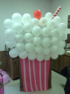 Each school could stick the balloon on it 1950s Theme Party, Fifties Party, 50s Theme Parties, Grease Themed Parties, Grease Party, Sock Hop Decorations, Sock Hop Party, Decade Party, Prom Decor