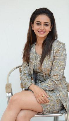 Rakul Preet Singh Thigh Show Photos