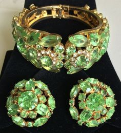 Gorgeous D&E Juliana BOOKPIECE Clamper Bracelet and Earrings Set~Green RS/Gold tone