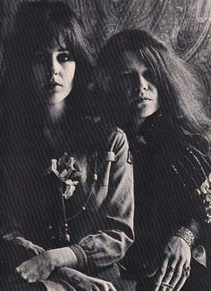 Grace Slick and Janis Joplin .