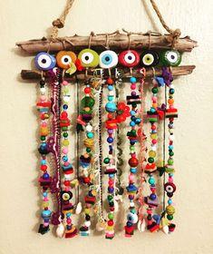 Balkon – home accessories Felt Crafts, Diy And Crafts, Crafts For Kids, Arts And Crafts, Deco Marine, Evil Eye Jewelry, Felt Ornaments, Diy Art, Wind Chimes