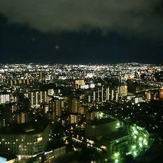 Instagram【ice_tovi】さんの写真をピンしています。 《#夜景 #福岡》