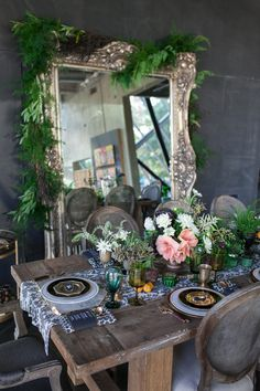 Industrial Chic Inspiration | Best Wedding Blog - Wedding Fashion & Inspiration | Grey Likes Weddings; Love the adored mirror. Great holiday inspiration.