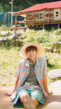 Park Chanyeol Exo, Baekhyun Chanyeol, Korean Men, Korean Actors, Exo Members, Chanbaek, Boy Bands, Husband, Kpop