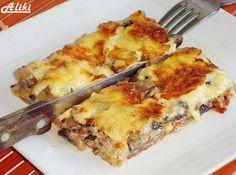 Υλικά  1 φίλο σφολιάτας  600 γρ. Μανιτάρια  150 γρ. Μπέικον  250 γρ. Σκληρό τυρί  250 ml. Κρέμα γάλακτος  1 ζωμό λαχανικ...