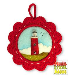 huisvolkleur - felt applique picture with crocheted frame Felted Wool Crafts, Yarn Crafts, Fabric Crafts, Sewing Crafts, Diy Crafts, Felt Christmas Ornaments, Christmas Crafts, Felt Gifts, Felt Brooch