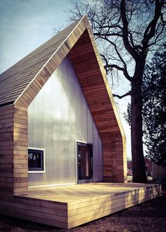 A pair of woodland buildings have been added to the National Arboretum in Gloucestershire, using only trees felled in the routine maintenance of the estate
