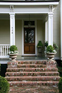 Exterior Front Door Brick Steps 37 New Ideas Front Porch Stairs, Brick Porch, Front Door Steps, Porch Columns, Front Door Entrance, Exterior Front Doors, Brick Patios, Front Entrances, Front Porches
