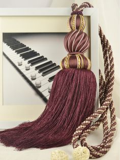 6 Colors QYM30 Polyester and Acrylic Curtain Tassel Tie Backs in Purple Color