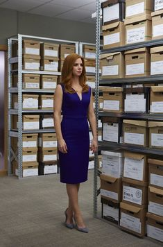 Sarah Rafferty in Suits Serie Suits, Suits Tv Series, Suits Tv Shows, Stylish Work Outfits, Chic Outfits, Movie Outfits, Donna Suits, Donna Paulsen, Sarah Rafferty