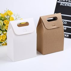 100pcs 10*6*16cm Gift Kraft Box Craft Bag with Handle Soap Candy Bakery Cookie Biscuits Packaging Paper Boxes