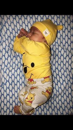 Our baby boy clothes & newborn attire are definitely cute. Cute Mixed Babies, Cute Babies, Boy Babies, Baby Boys, Cute Little Baby, Little Babies, Black Babies, Foto Baby, Cute Baby Pictures