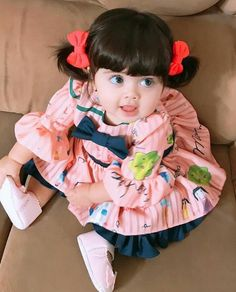 Cute baby girl pictures Cute babies photography Cute little baby Beautiful children Beautiful babies Baby girl fashion Cute Kids Pics, Cute Baby Girl Pictures, Cute Baby Boy, Cute Little Baby, Baby Baby, Cute Babies Photography, Cute Baby Wallpaper, Cute Baby Videos, Cute Funny Babies