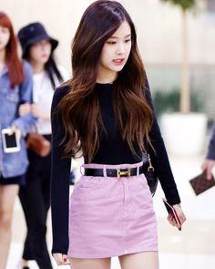 Blackpink Rosé style