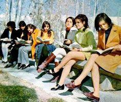 Facultad de medicina en Kabul, Afganistán 1962... antes de los talibanes pic.twitter.com/c0xCRy5WkN