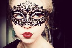 Masquerade look = love
