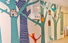 Treeeees! (Vægdekoration - Mor-Barn Center i Kolding)