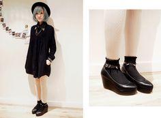 Jeanette Tang // all black xmas