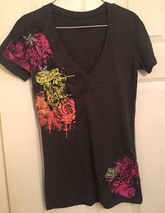 Fox Riders Charcoal Gray Women's V-Neck T-Shirt Size Medium  | eBay