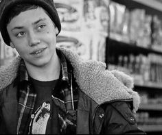 Most popular tags for this image include: shameless, carl gallagher and ethan cutkosky