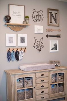 These Woodland Nursery Ideas will inspire you to bring nature into your home . - These Woodland Nursery Ideas will inspire you to bring nature into your home, insp - Baby Room Boy, Baby Bedroom, Baby Room Decor, Nursery Room, Nursery Gallery Walls, Nursery Wall Collage, Bambi Nursery, Bear Nursery, Elephant Nursery