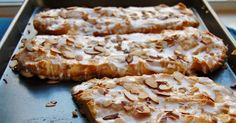 Scandinavian Kringler Someone used to bring this pastry to work for everyone to share.These 2 words are a mouthfulto say so early on a. Almond Recipes, Baking Recipes, Dessert Recipes, Desserts, Cake Recipes, Breakfast Pastries, Breakfast Dishes, Swedish Recipes, Sweet Recipes