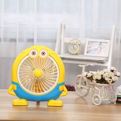 High Quality Mini Fan 220V Desktop Minions Electric Fan  20W Save electricity Ventilador For Home Dormitory