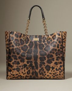 handbags-and-purses. From general topics to more of what you would expect to find here, handbags-and-purses. We hope you find what you are searching for! Fashion Handbags, Purses And Handbags, Fashion Bags, Leather Handbags, Leather Bags, Leather Totes, Fashion Women, Leather Backpacks, Fashion 2016