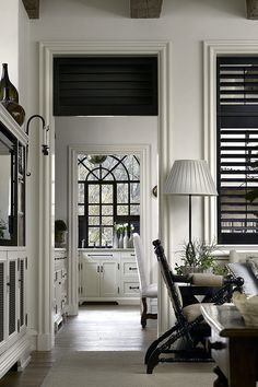 French and british colonial decor w 2019 home decor, home decor kitchen i b Black Blinds, Black Shutters, Louvered Shutters, Interior Shutters, Interior Plants, Interior Walls, Style At Home, Estilo Colonial, British Colonial Decor