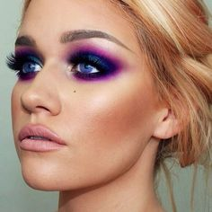 Sultry, colorful glam. Yes, please!
