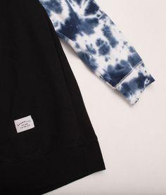 Akomplice Tie-Dye Sleeves Crewneck Size: L Measurements: W L Material: Cotton Consignment Online, Driftwood, Tie Dye, Crew Neck, Store, Sleeves, Cotton, Fashion, Moda