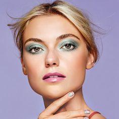 mark. Precious Petals All Time Eye Hookup Longwear Shadow | Avon #springmakeup #springbeautytrends #blueeyeshadow