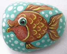 Fish+swimming+in+bubbles++Hand-painted+pet+rock.+by+PittawayArt